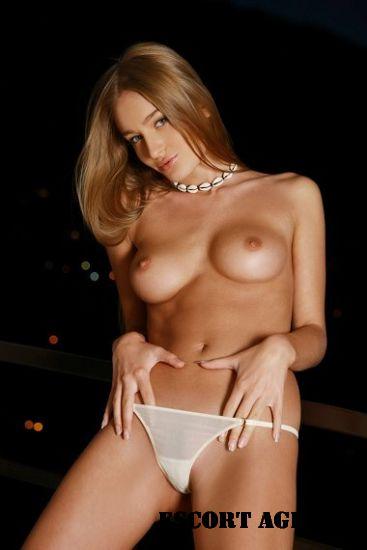 Slut London models